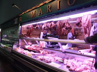 O açougue com carne fresca