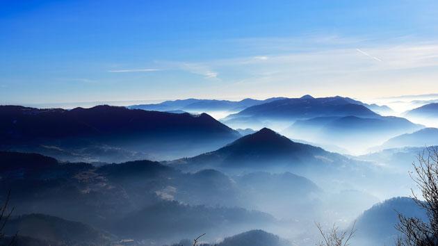 Os topos das montanhas