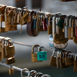 Love padlocks on Butchers' Bridge