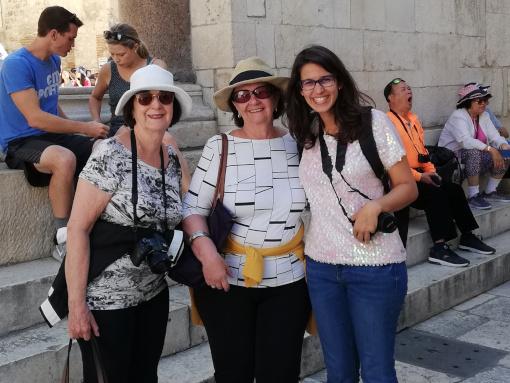 Guia Marilia com clientes em Split