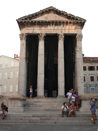 Temple of Augustus on the main square in Pula